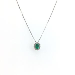 Girocollo in oro bianco con smeraldo e diamanti
